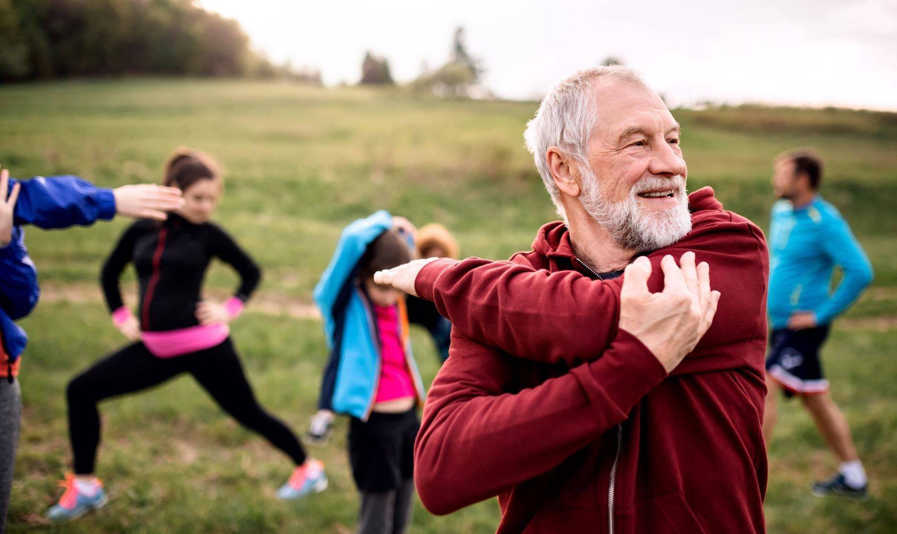 Aktywność fizyczna dla seniorów - pomaga poprawić pamięć i zachować sprawność umysłową.