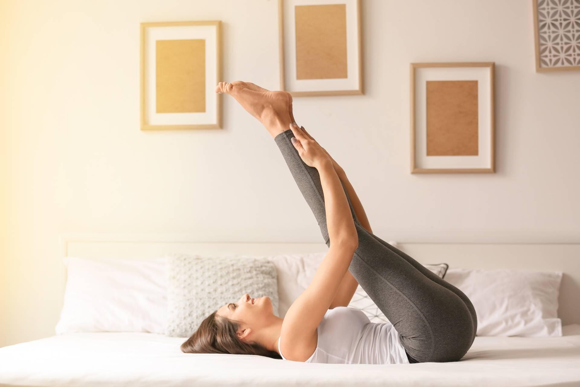 Ćwiczenia w domu - jak je wykonać nie wychodząc z łóżka?
