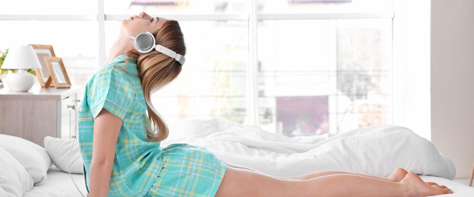Jak wykonać poranne ćwiczenia w domu?