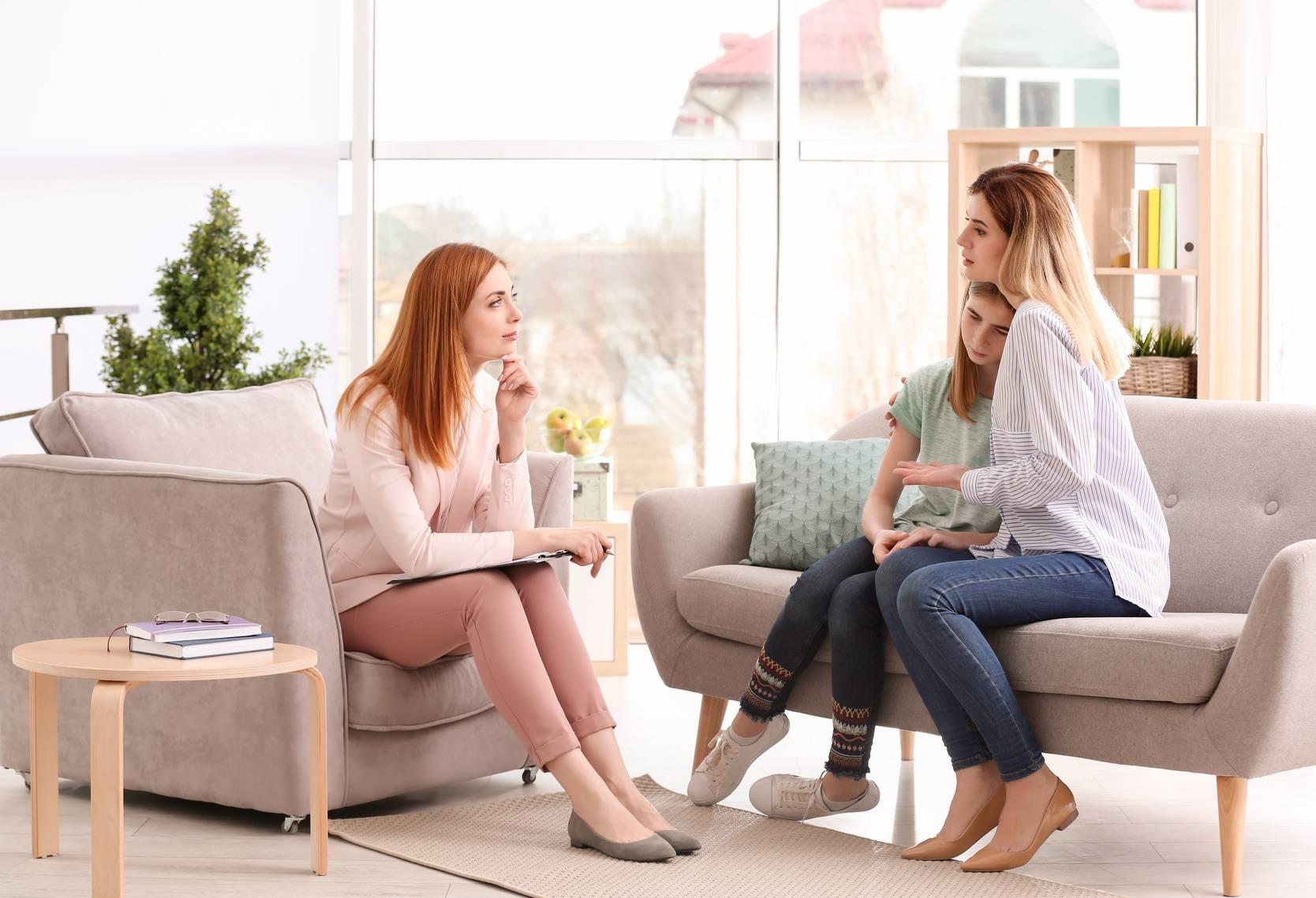 Depresja u nastolatków - pomoc psychologiczna.