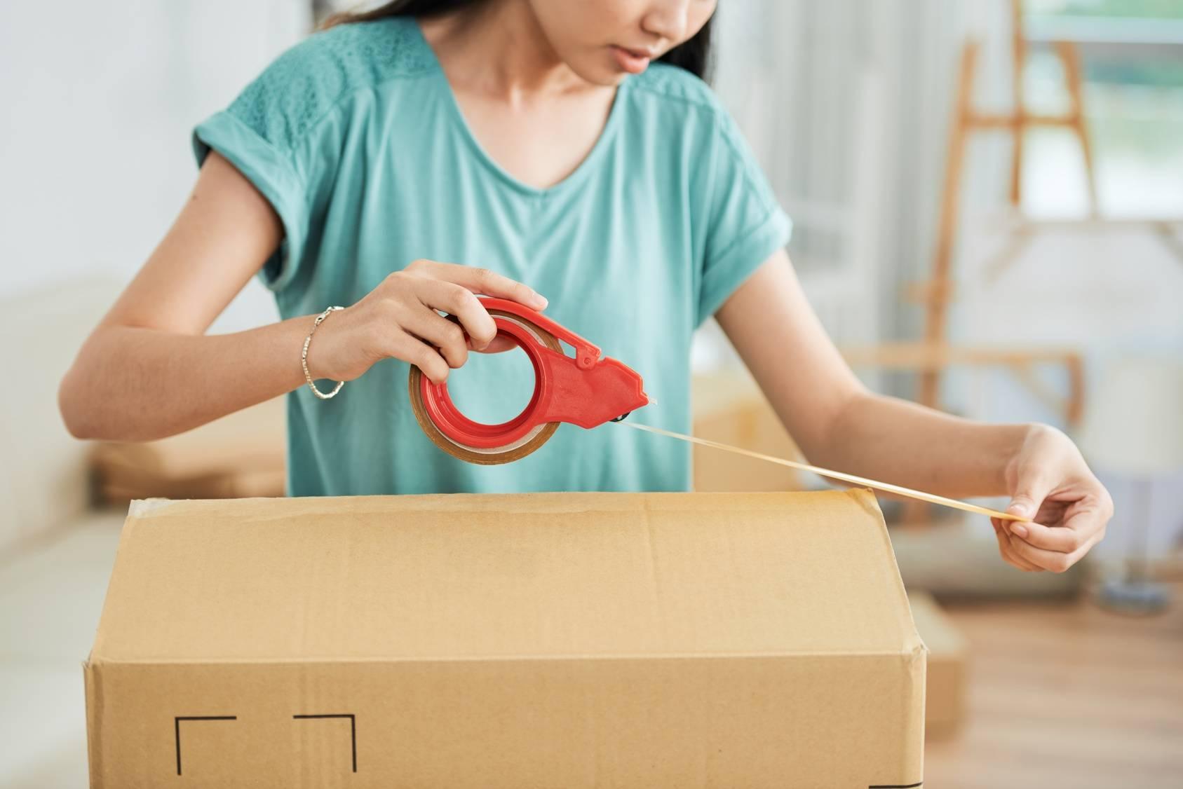 Jak pomóc dorosłemu dziecku wyprowadzić się z domu rodziców?