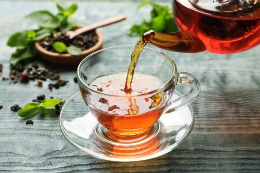 Herbatka na trawienie - jak ją zrobić?