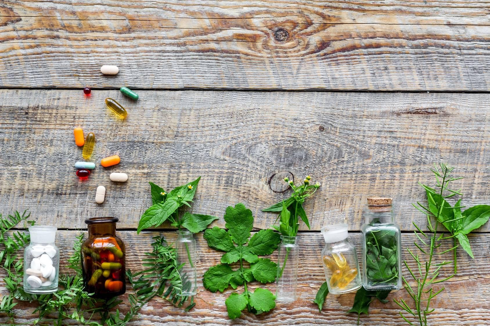 Ziołolecznictwo - leki ziołowe w medycynie chińskiej i europejskiej.