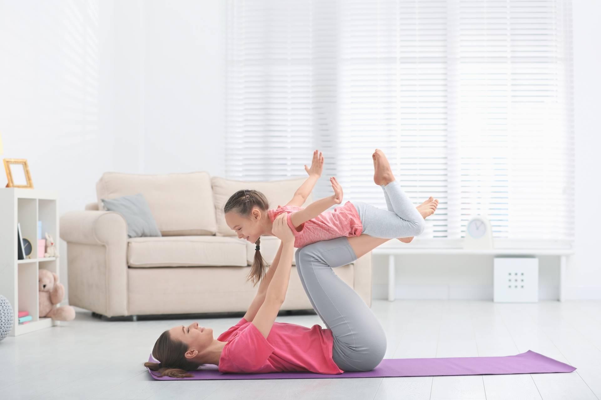 Trening z dzieckiem - jak ćwiczyć z dziećmi w domu?