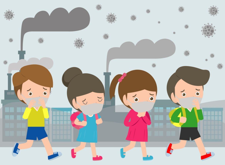 Smog szkodzi dzieciom - jak temu zaradzić? Rozmowa z pediatrą i pulmonologiem dr. hab. n. med. Wojciechem Feleszką. Grafika przedstawiająca czwórkę dzieci w maseczkach wracających ze szkoły, przechodzących obok dymiących kominów domów i fabryk.