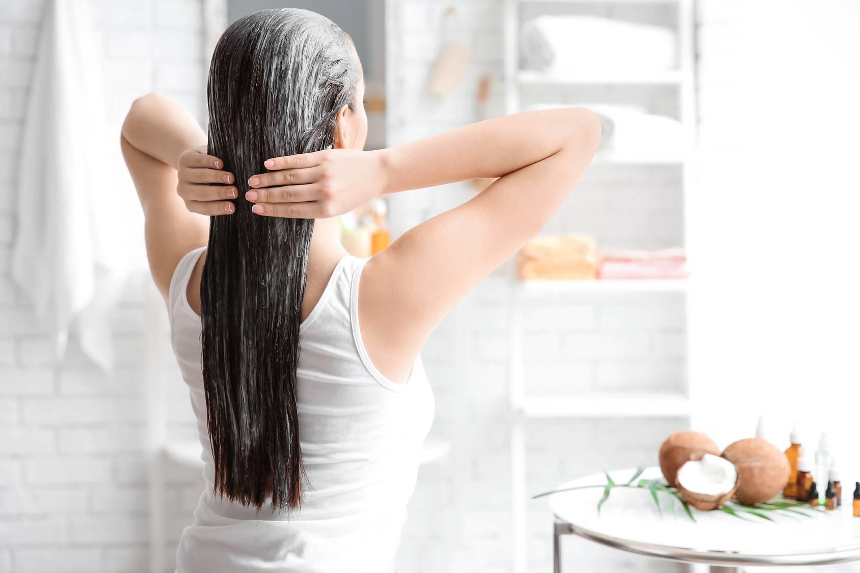 Jak stosować olejki do włosów?
