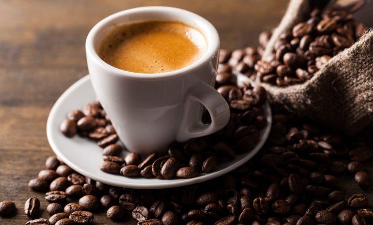 Kawa według diety pięciu przemian.