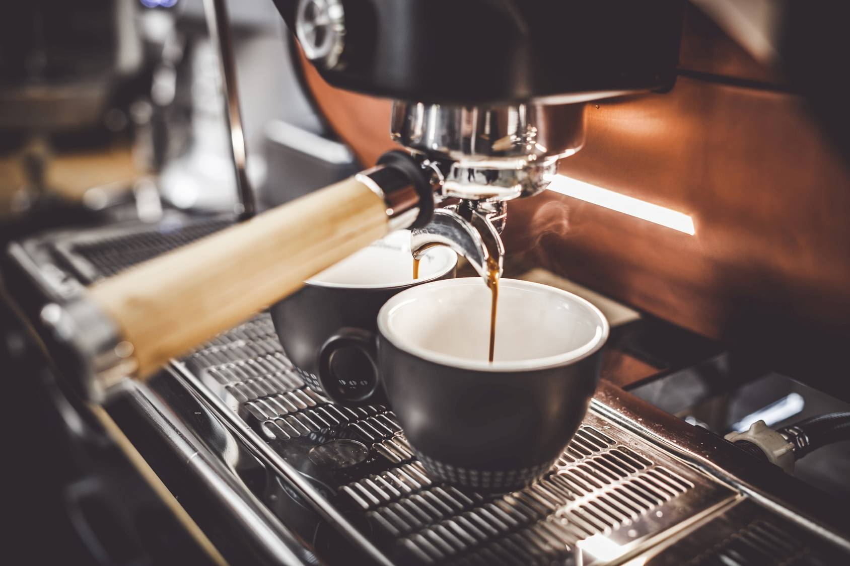 Czy kawa z mlekiem jest mniej wartościowa niż kawa bez mleka?