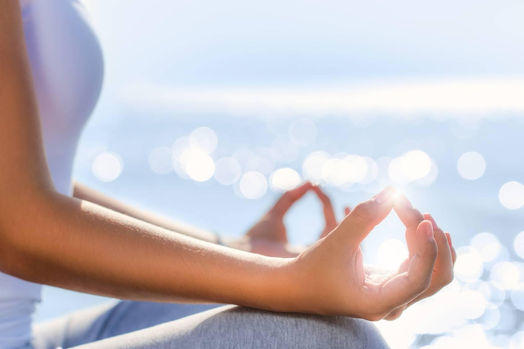 Leczenie siłami natury - joga i medytacja.