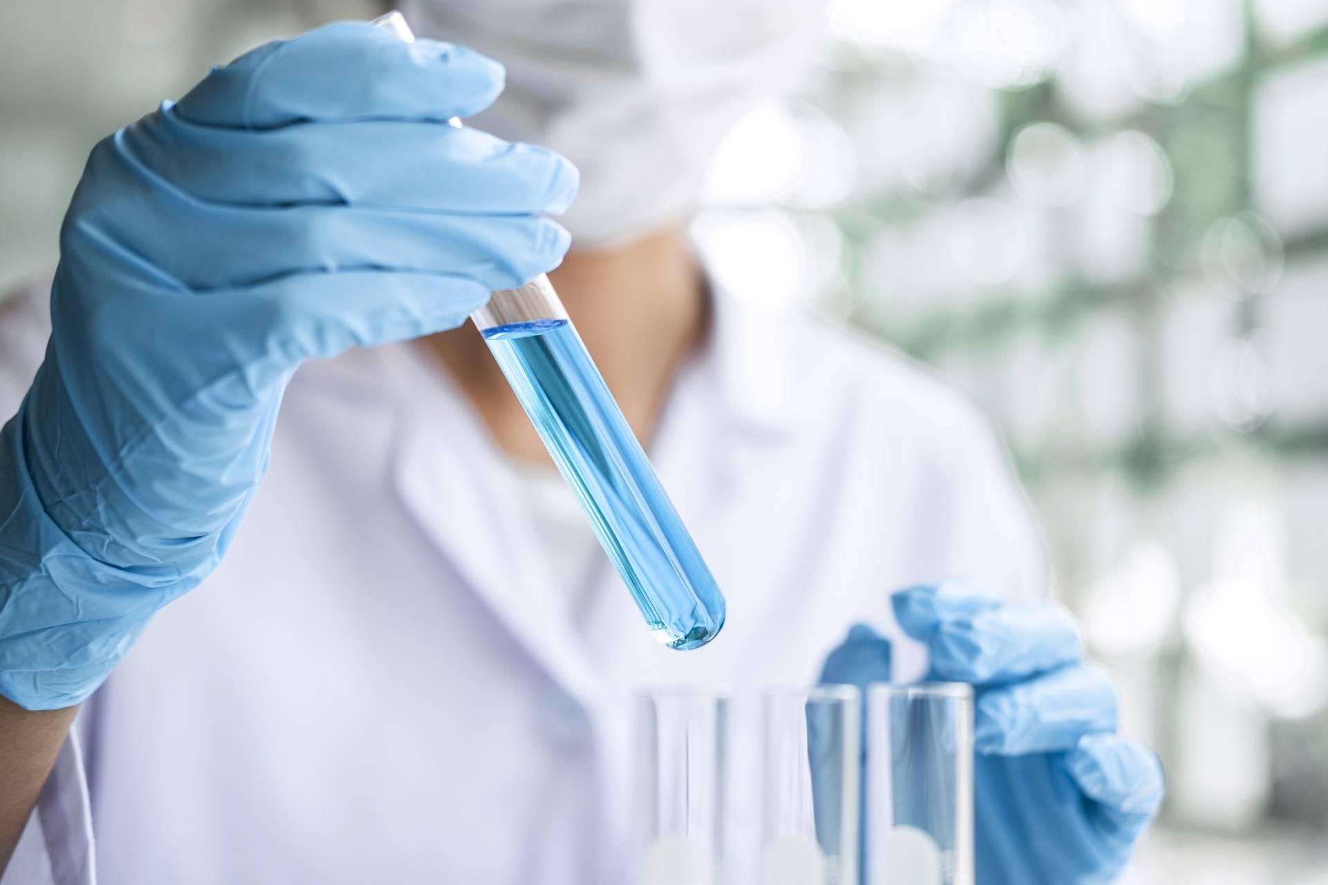 Jak leczyć raka trzustki? Testowanie próbek w laboratorium.