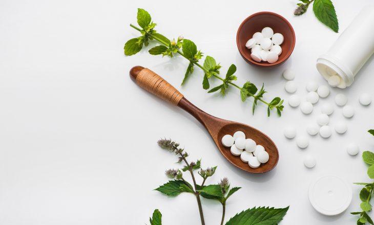 Leki syntetyczne i roślinne - co je łączy?