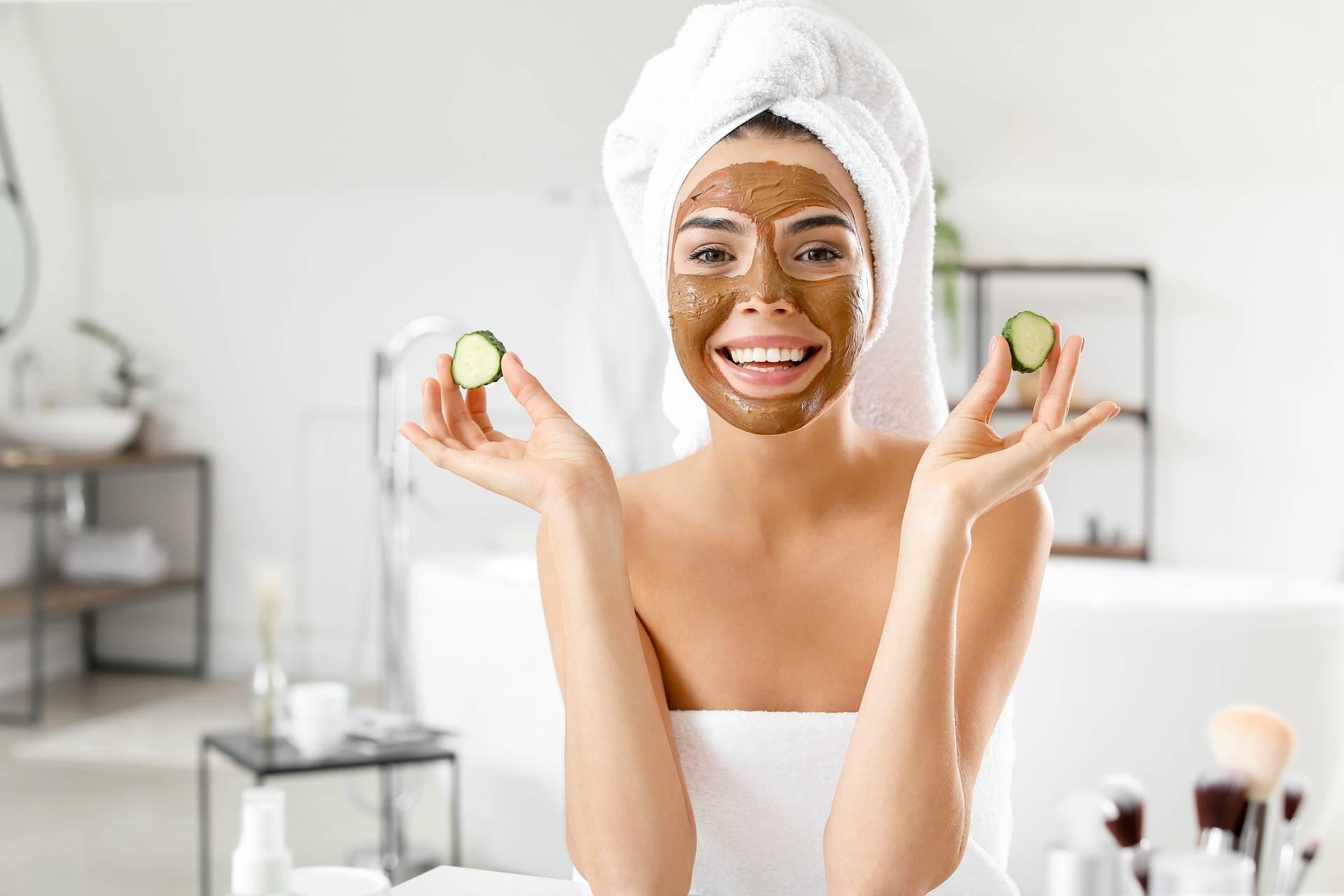 Domowe maseczki na twarz - z czego zrobić?