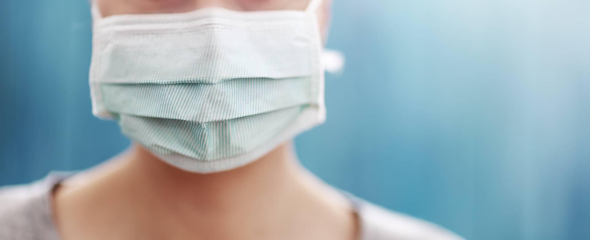 Nosić maseczki przeciwwirusowe czy nie?