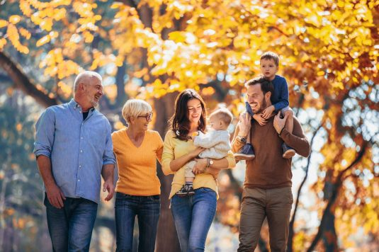 Jak rozmawiać z dziadkami na temat wychowywania wnuków?