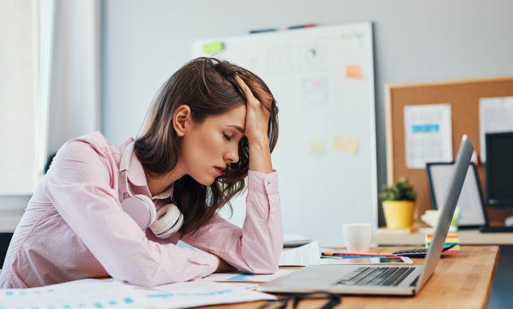 Magnez pomaga zmniejszyć ból migrenowy. Migrena - jak sobie pomóc?