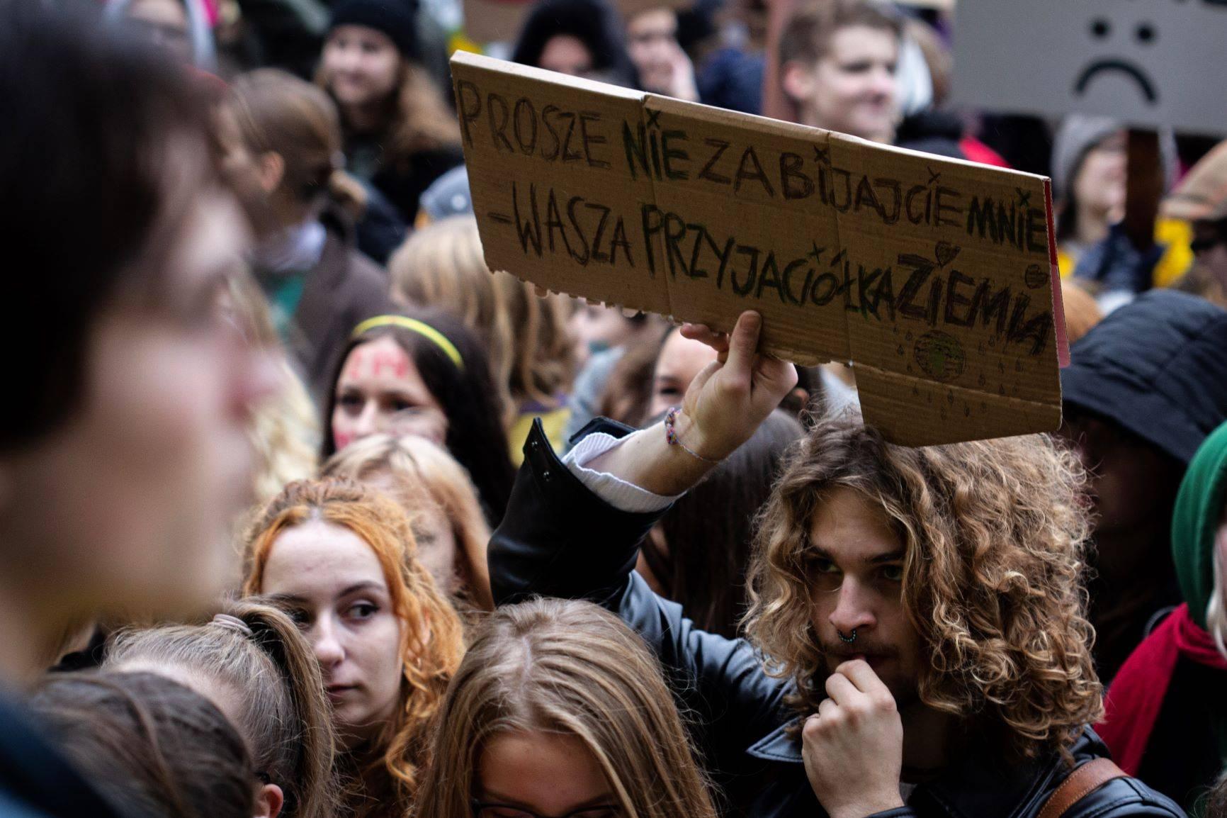 Młodzieżowy Strajk Klimatycznie - młodzież walczy o swoją przyszłość. Jak uratować naszą planetę?