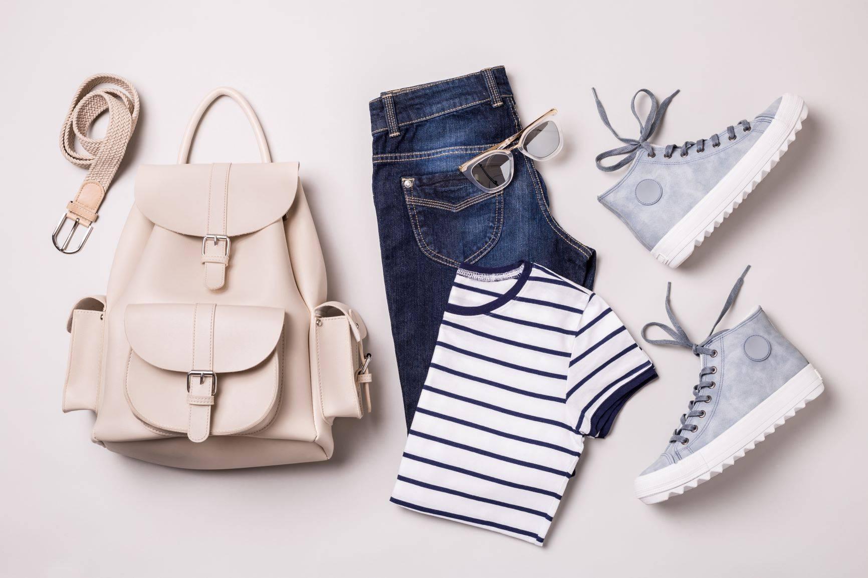 Minimalizm w szafie -czy naprawdę potrzebujesz tylu ubrań?