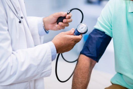 Światowy Dzień Nadciśnienia Tętniczego - dlaczego warto mierzyć ciśnienie?