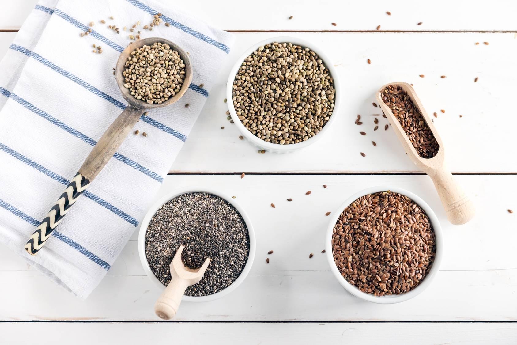 Jak stosować nasiona chia, babki płesznik, siemienia lnianego?