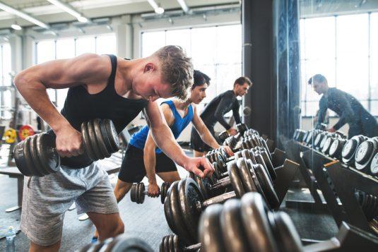 Suplementy i odżywki dla nastoletnich sportowców - czy są bezpieczne?