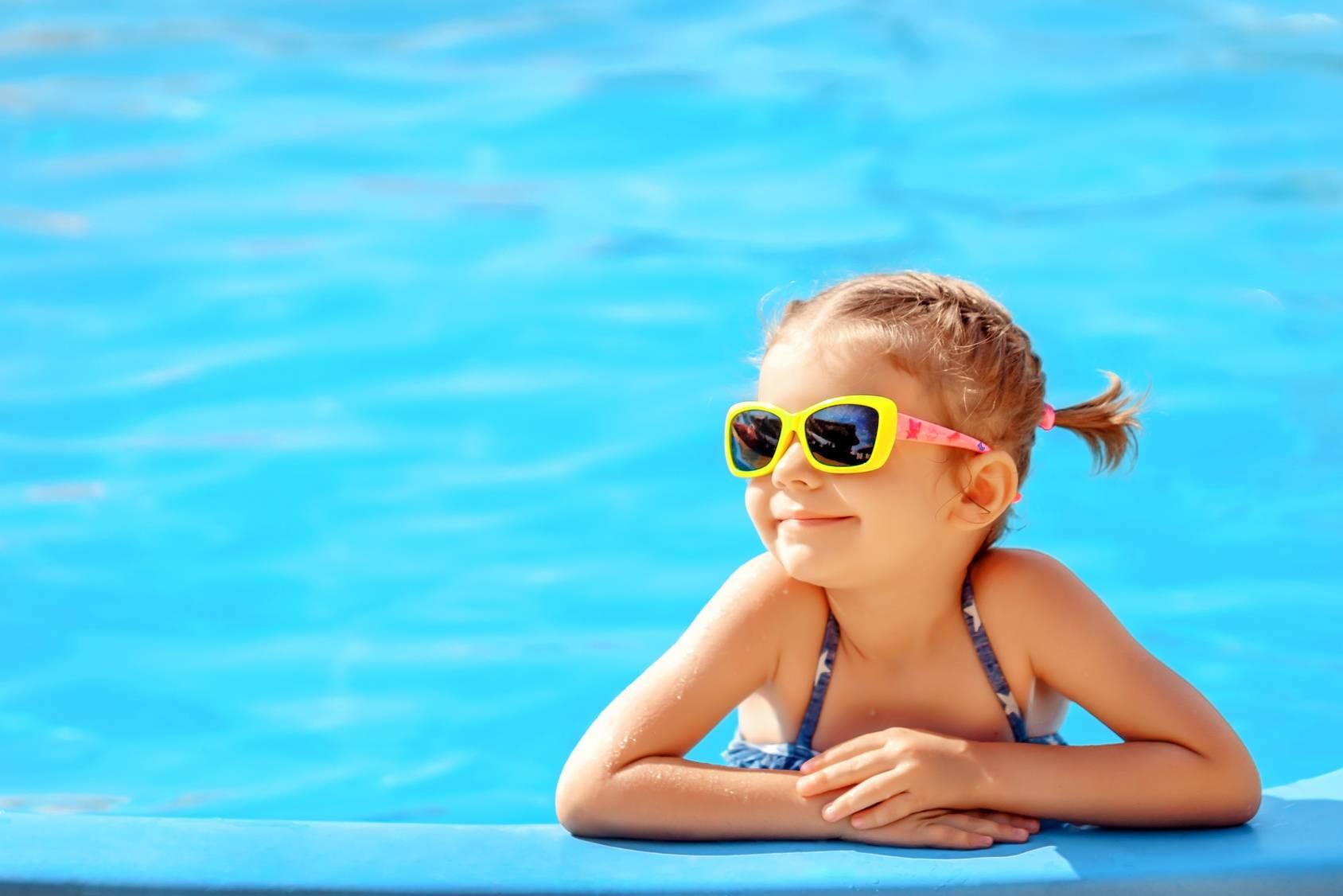 Okulary przeciwsłoneczne dla dziecka - jak dobrać i na co zwrócić uwagę?