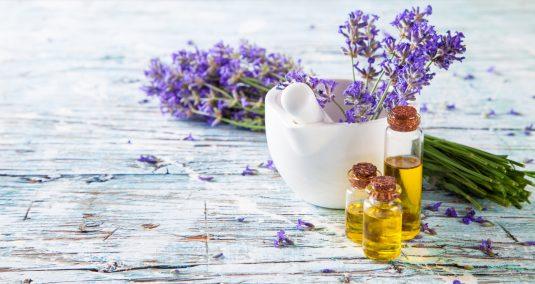 Olejek lawendowy - czy aromaterapia w ciąży jest bezpieczna?