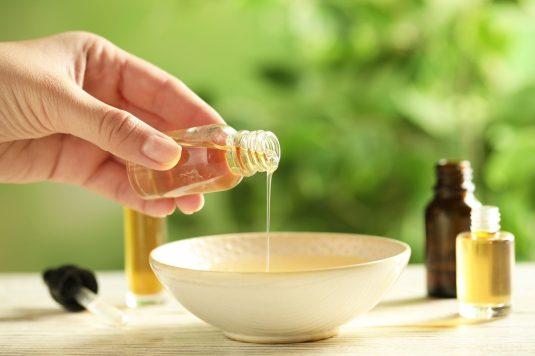 Olejek ravintsara – najlepszy lek na przeziębienie.