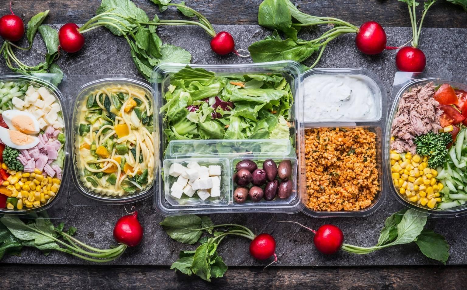 Oznaczenia plastiku - czy przechowywanie żywności w plastikowych pojemnikach jest zdrowe?