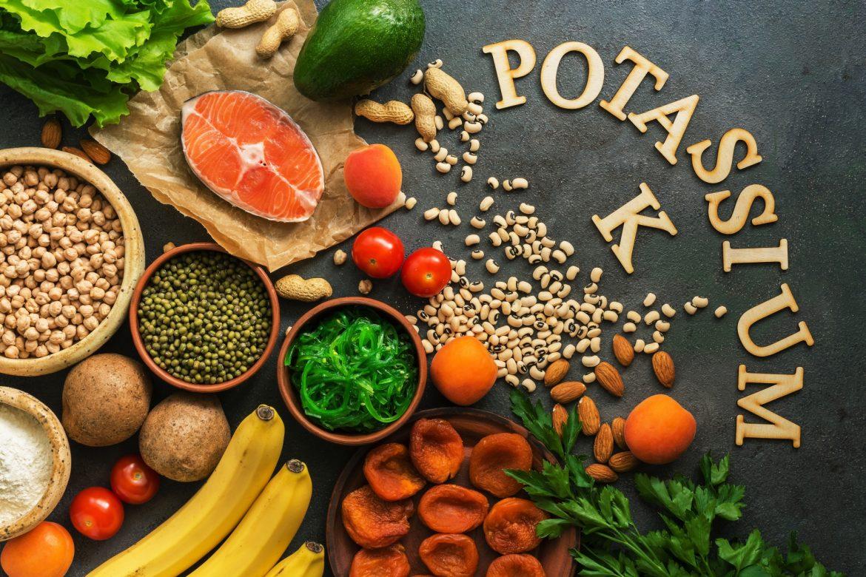 Potas - gdzie go szukać w diecie? Jakie są najlepsze produkty bogate w potas?