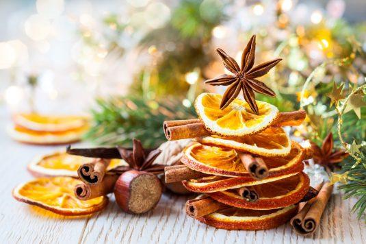 Świąteczne przyprawy na Wigilię i Boże Narodzenie.