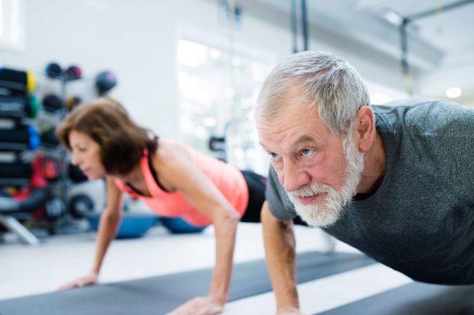 Siłownia dla seniora - jakie ćwiczenia dla seniorów będą najlepsze?