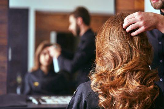 Jak mieć zdrowe, lśniące i gęste włosy?