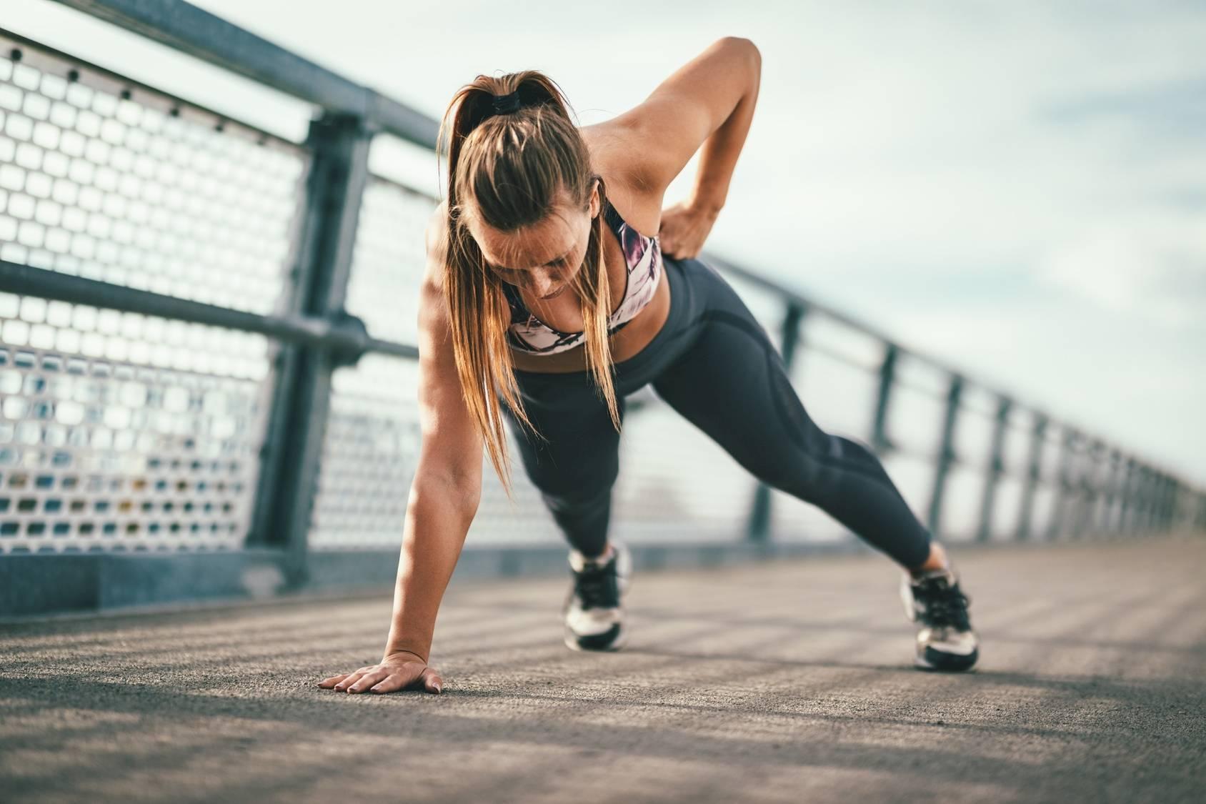 Rozciąganie po ćwiczeniach - jak je wykonać prawidłowo?