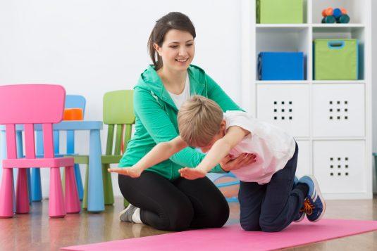 Wady postawy u dzieci - jak je skorygować?