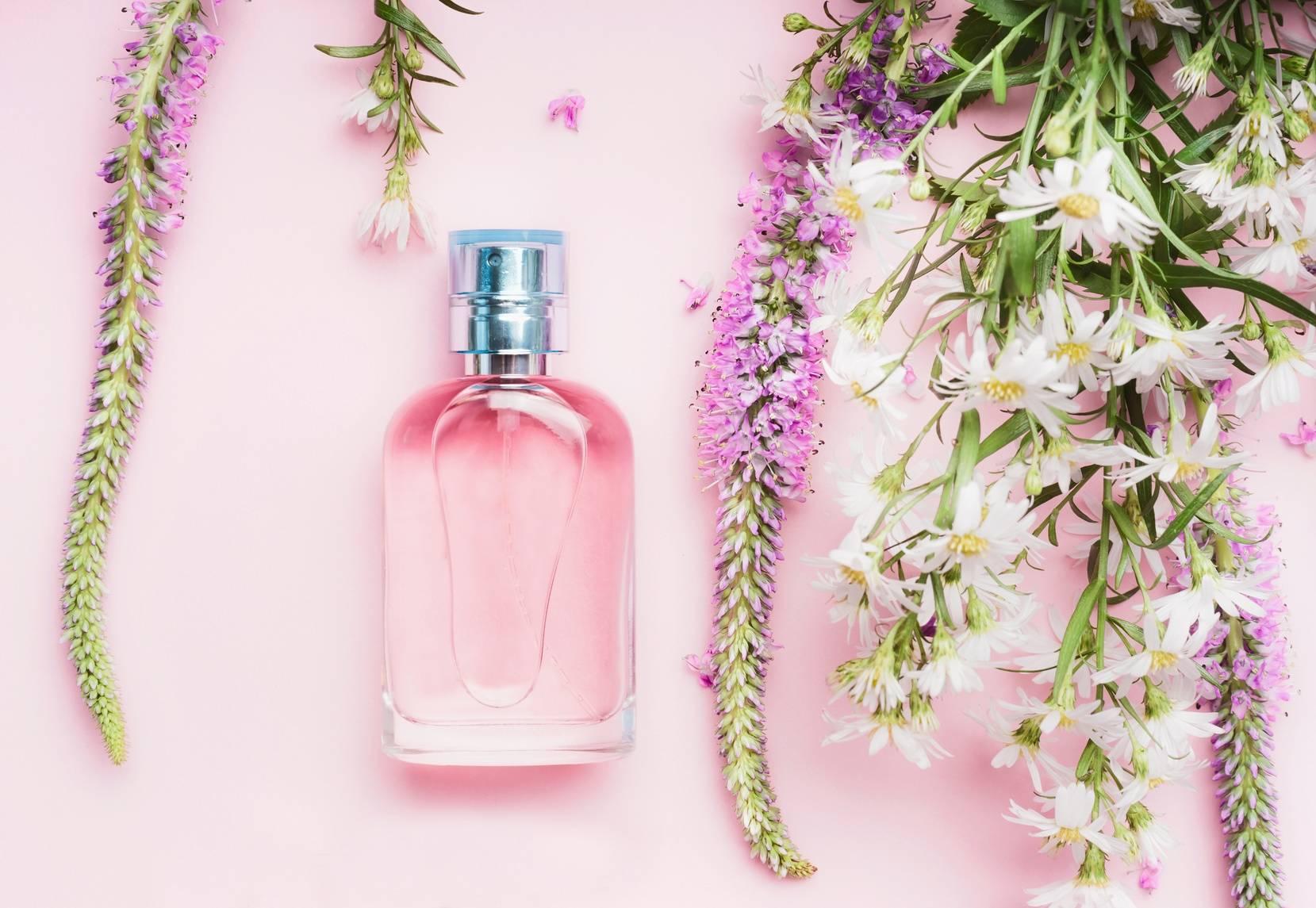 Zapachy w perfumach i kosmetykach.