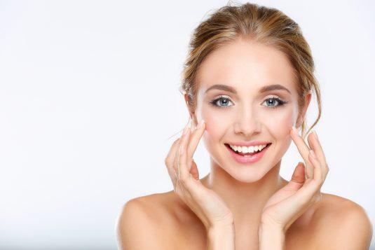 Wyzwanie - 24 godziny bez kosmetyków. Detoks od kosmetyków na zdrową cerę.